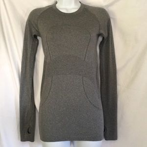 Lululemon Small Athletic Top Pullover Gray Yoga